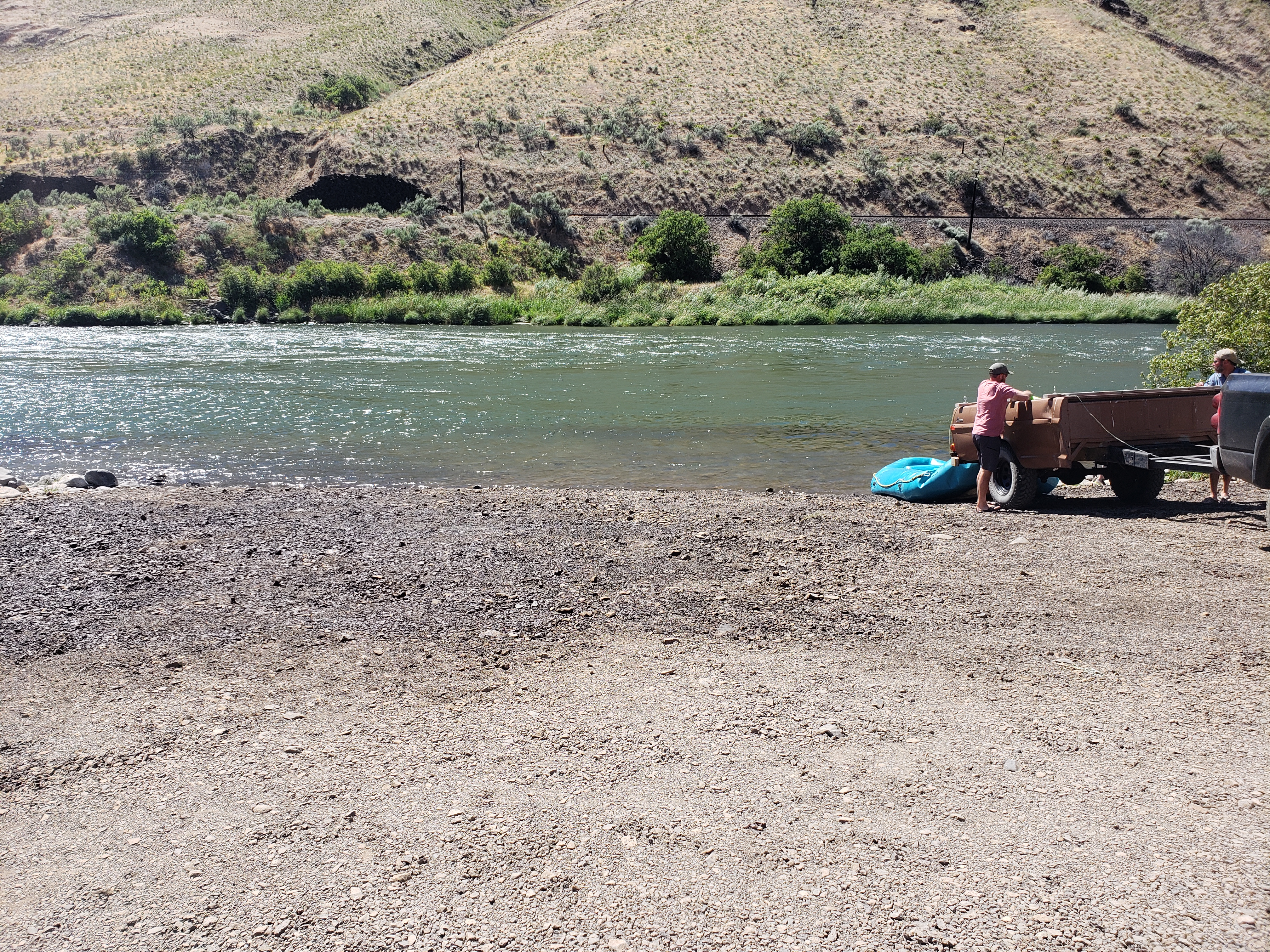 Deschutes River Outfitters and Guides Association (DROGA